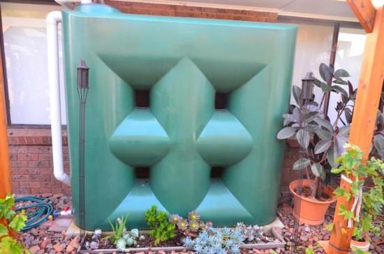2300 Litre Slimline Rainwater tank