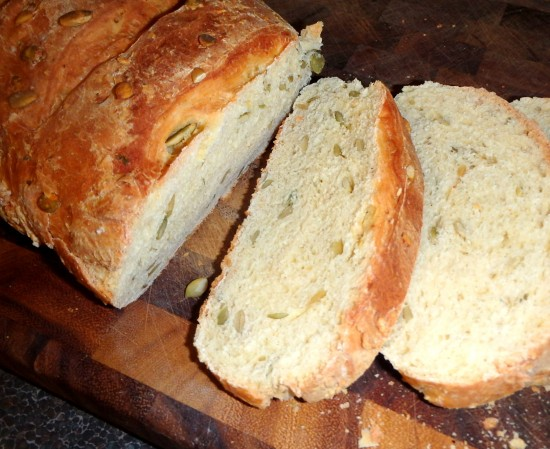 Sliced Pepita Bread